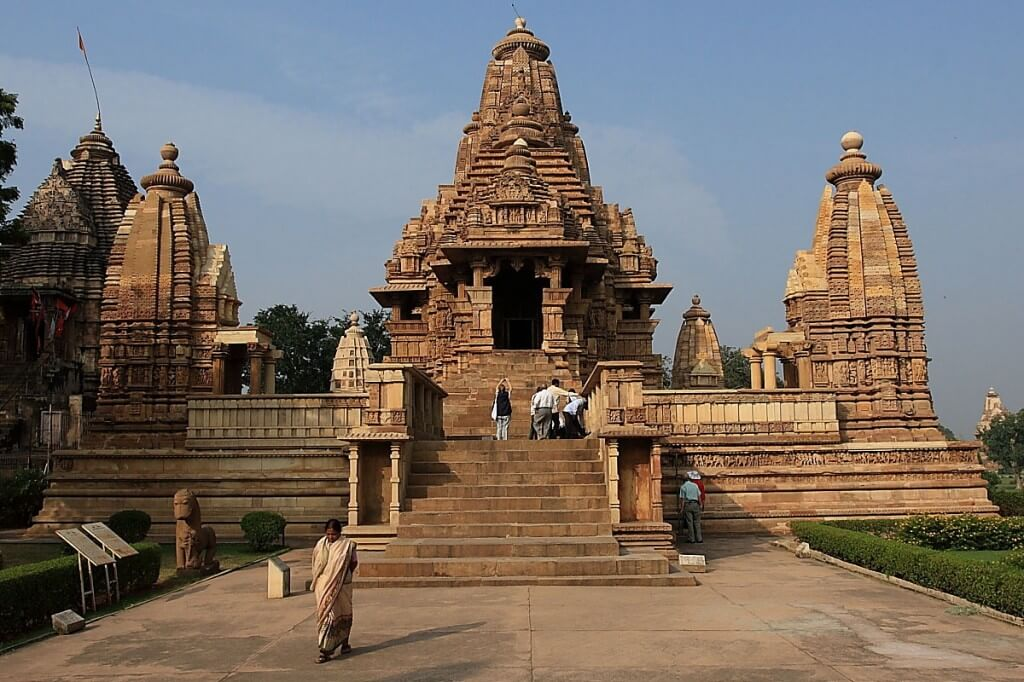 9 Days Golden Triangle Tour With  Khajuraho